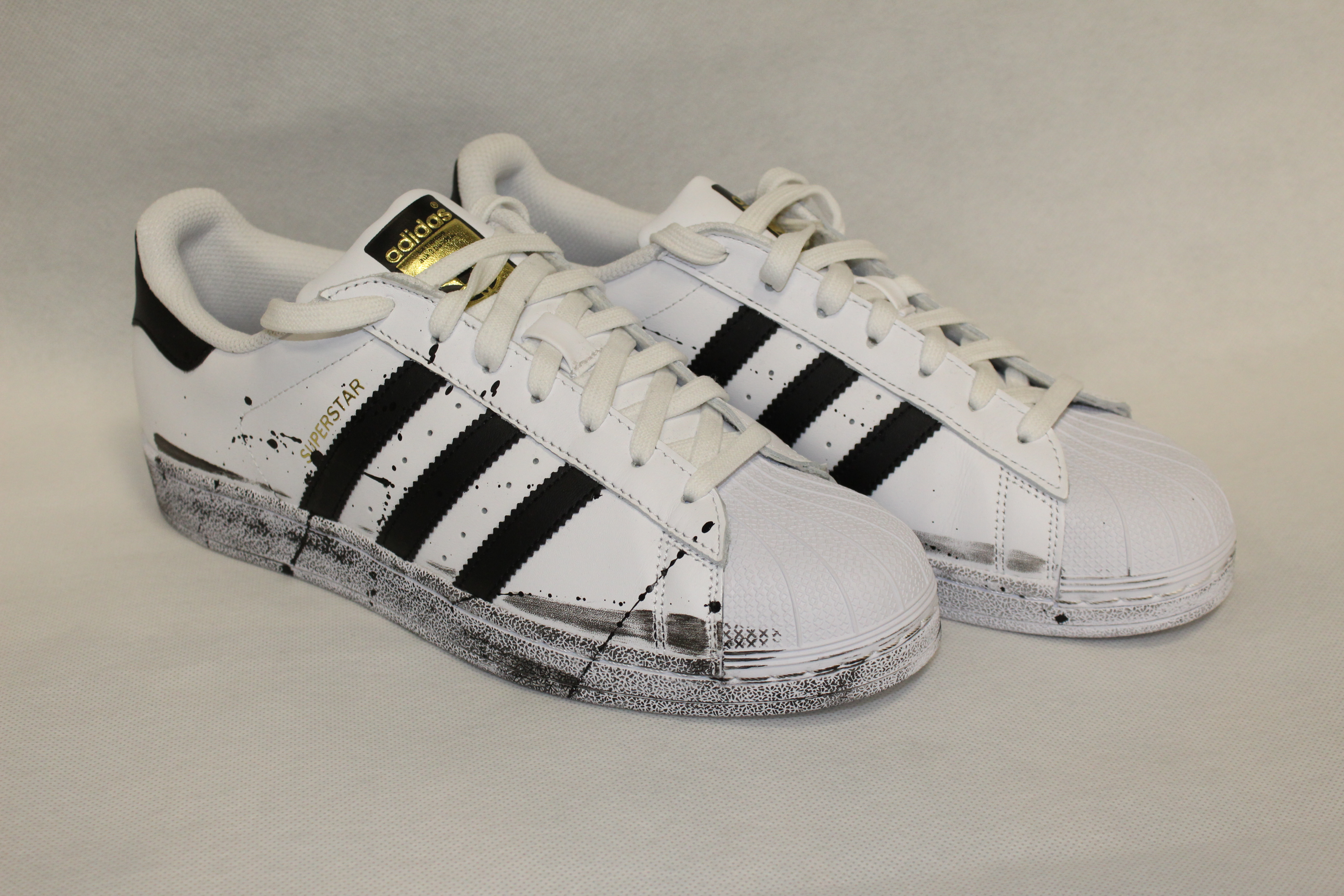huge discount 6d34e e5fac adidas superstar limited edition